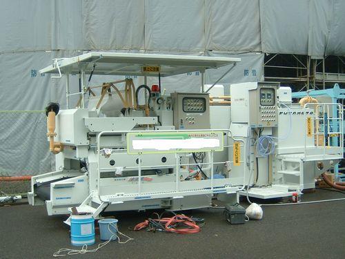 全自動ムーブ型フィルタープレス脱水装置,SE-750NZ〜SE-1000NZベルトコンベア一体型